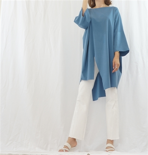 (Best; Back-Order; 2nd Reorder) Blue Luxury Unbalanced Vent Top