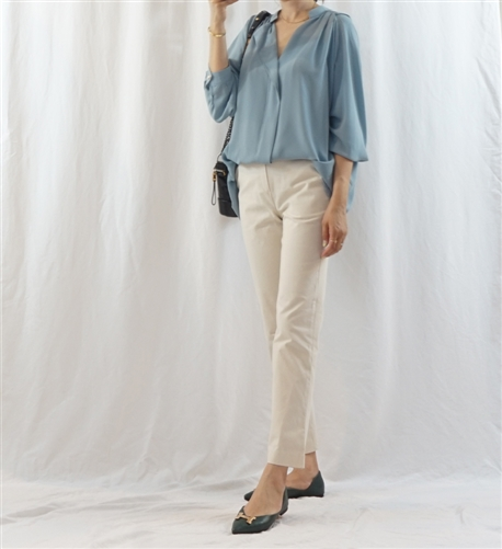 (Best) SkyBlue Chloe Blouse (will ship within 1~2 weeks)