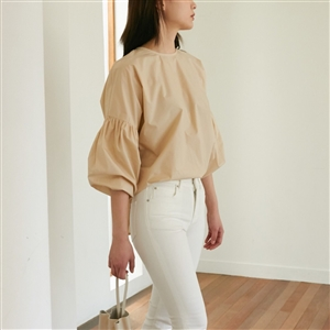 Shaina Mote Shirring Ballon Blouse (White/Beige/SkyBlue) (will ship within 1~2 weeks)