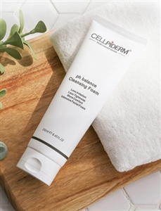 CELLPIDERM PH BALANCE CLEANSING FOAM 250ML