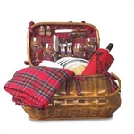 Picnic Time 301-55-401-000-0 Highlander Picnic Basket