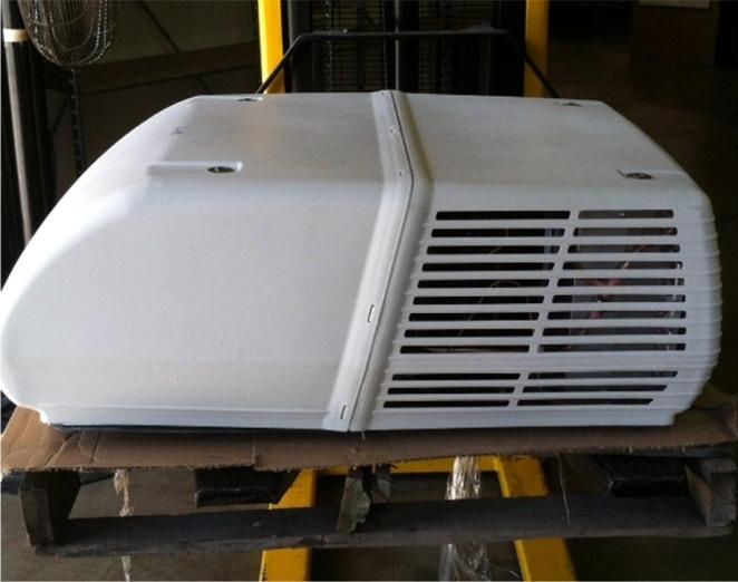 Coleman 48203b876 Mach 3 Plus Rv Air Conditioner Scratch