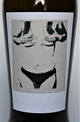 750 ml bottle of Sine Qua Non 2015 Entre chien et loup white wine from Ventura California with a blend of Roussanne, Chardonnay, Petite Manseng, Viognier and Marsanne.