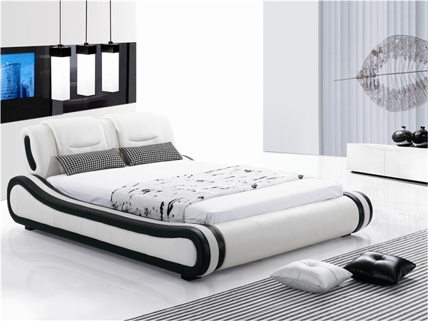 Curved Cosmopolitan King's Bed CP-B1105