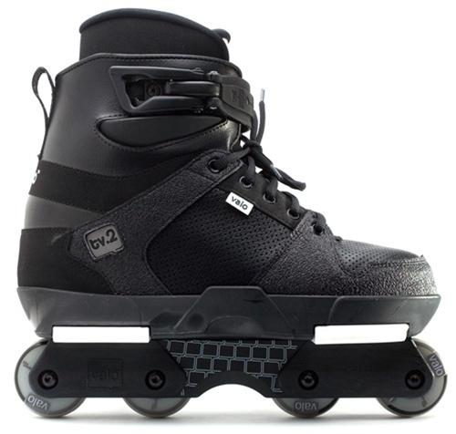 Valo TV. 2 Aggressive Skates Black