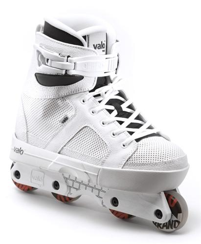 Valo TV 3 Aggressive Skates - White