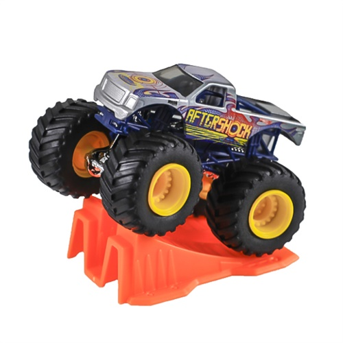 1:64 Hot Wheels Aftershock Truck - Stunt Ramp Series