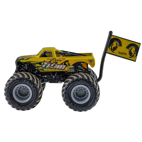 1:64 Hot Wheels Titan Truck - Flag Series - 2/7 Mud