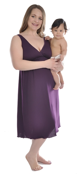 1023 Amamante Signature Nursing Gown
