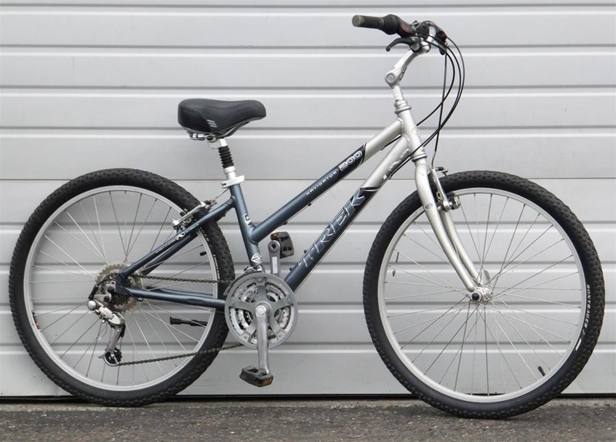 14 5 Trek Navigator 200 Aluminum Comfort Commuter Bike 5 2 5 6