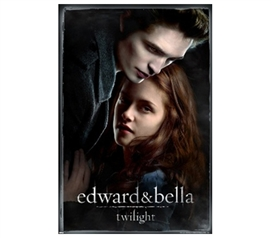 Love Picture between Twilight Edward and Bella Poster