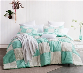 Jet Stream/Yucca Blended Textured Quilt - Two Tone - Twin XL