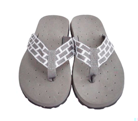 Cheap Supplies To Live College At Its Fullest - Cushion-Relax Shower Sandals - Gray Reggae
