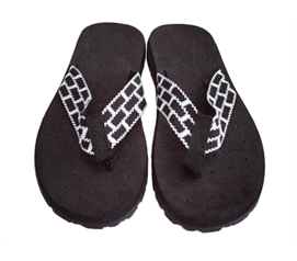 Look Your Finest While At College - Cushion-Relax Shower Sandals - Black/White Reggae