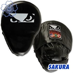 Martial Arts Equipment Bad Boy Curved Striking Focus Mitt