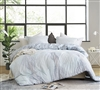 Hojas Flor - Oversized King Comforter - Supersoft Microfiber Bedding