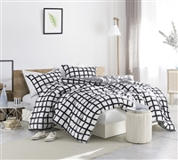 Black and White Stylish Queen Bedding 100% Soft Cotton Chroma Grid Oversized Queen Designer Comforter