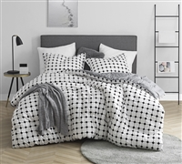 Moda - Black and White - Oversized Queen Comforter - 100% Cotton Bedding
