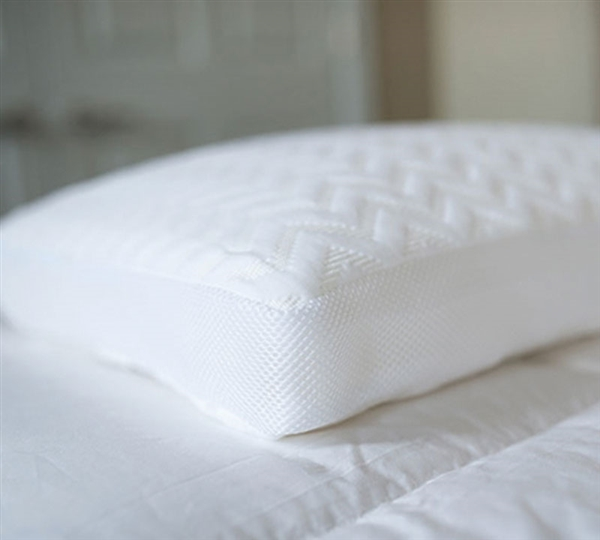 Side Sleeper Soft Bedding Pillows - Serene Foam