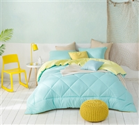 Yucca/Limelight Yellow Queen Comforter - Oversized Queen XL Bedding