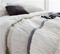 Jet Stream Cotton Lace Textured Quilt - King XL
