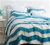 Comfortable Relaxin' Chevron Ruffles Full XL Quilt Stylish Oversized Full Bedding Decor Two Tone Blue and Off White Jet Stream/Peacock