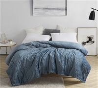Me Sooo Comfy Queen Bedding Blanket - Smoke Blue
