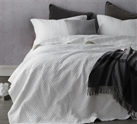 Softest Stone Washed Quilt - White - Oversized King XL