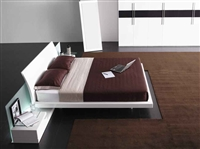 Modrest Aron White Glossy Queen Size Bed by VIG Furniture