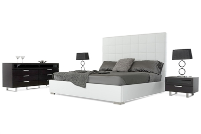 Modrest Francis Modern White Leather Bed by VIG Furniture