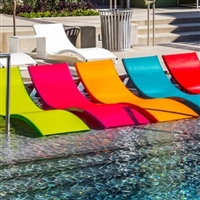 Leisure in Pool Chaises