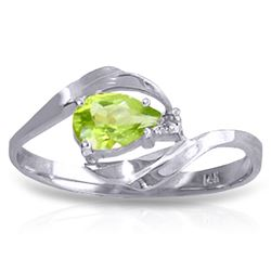 ALARRI 0.41 Carat 14K Solid White Gold Person Dreams Peridot Diamond Ring