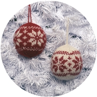 RF581 Nordic Ball Ornament