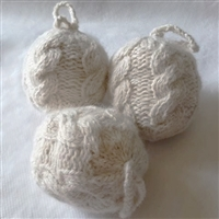 RF611 Heritage Knits Cable Ball Ornament