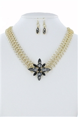 Floral Glass Pendant Necklace Earring Set