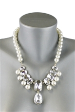 Glass Bead Pendant Pearl Necklace Earring Set