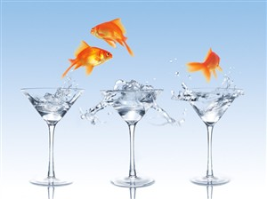 1268 BD Dancing goldfish & martinis