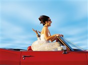 4427 WD Bride in convertible