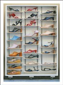 9326 NC Lady shoe display