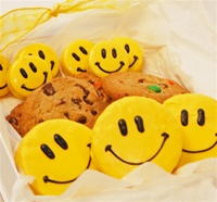 Sweet Treats Gift Box, Smiley Faces