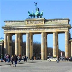 Warnemunde Shore Trip - Berlin's Top Ten Sites