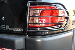 07-10 FJ Cruiser Taillight Guards by Aries