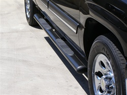 Nissan Titan Oval Step Bars By Steelcraft