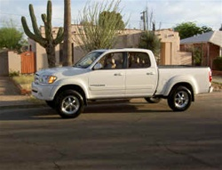 2004-2006 Tundra Double Cab Lift & Level by Truxxx