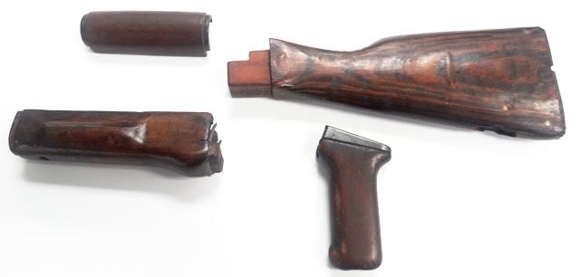 . Romanian Wood Stock Set