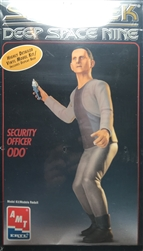 AMT 1/6 Star Trek Deep Space Nine Security Officer Odo