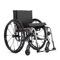 TiLite Custom Folding Wheelchairs |TiLite 2GX Series 2 Folding Wheelchair-Swing Away Front