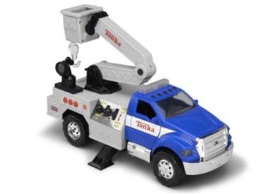 Tonka mighty motorized f 650 cherry picker 05789 shop for Tonka mighty motorized cement mixer