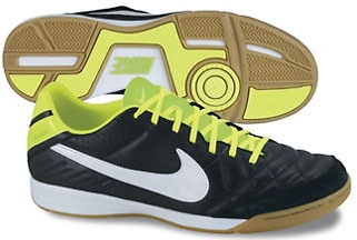 nike indoor soccer shoes tiempo