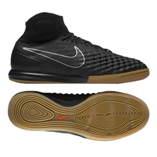 Nike MagistaX Proximo II IC Indoor Soccer Shoes (Black/Black Gum/Light Brown)